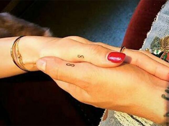 Fotos Los Tatuajes Que Se Hicieron Estas Parejas De Famosos Para Sellar Su Amor Mujer Hoy